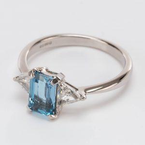 Fine Jewels of Harrogate Contemporary 0.90 Carat Aquamarine and 0.36 Carat Diamond Trilogy Three Stone Ring