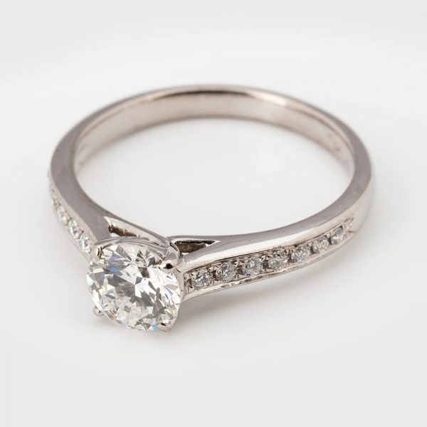 Contemporary 0.61 Carat Diamond Solitaire Engagement Ring