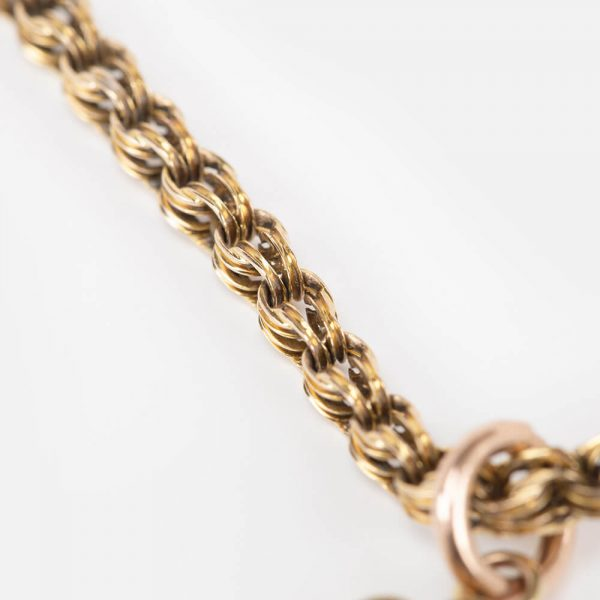 Fine Jewels Of Harrogate15 ct Circular Gold Diamond Set Pendant Chain