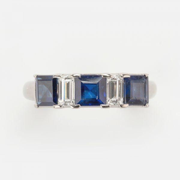 Fine Jewels of Harrogate Sapphire Diamind 5st Ring