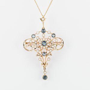 Fine Jewels of Harrogate Pearl Aquamarine Pandant