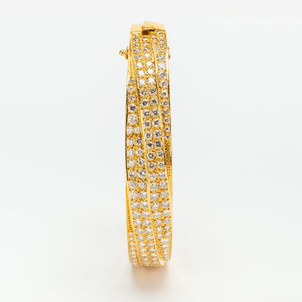 Fine Jewels of Harrogate 43963-3-Gold-Pave-Dia-Bangle-11