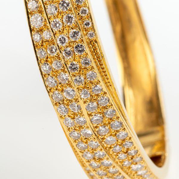 Fine Jewels of Harrogate 43963-3-Gold-Pave-Dia-Bangle-9