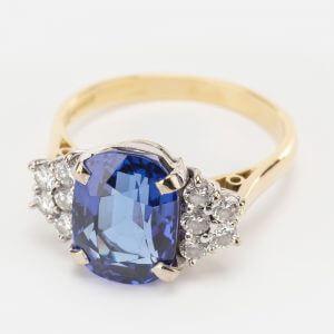 Fine Jewels of Harrogate 44174-4-Tanzanite-Dia-Ring-1