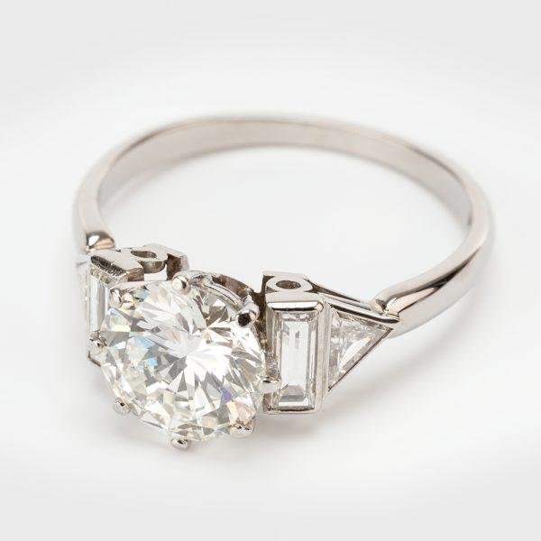Fine Jewels of Harrogate 44313-3-1.94ct-Dia-Ring-Bagguette-Triangle-Shoulder-1
