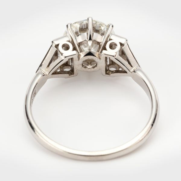 Fine Jewels of Harrogate 44313-3-1.94ct-Dia-Ring-Bagguette-Triangle-Shoulder-2