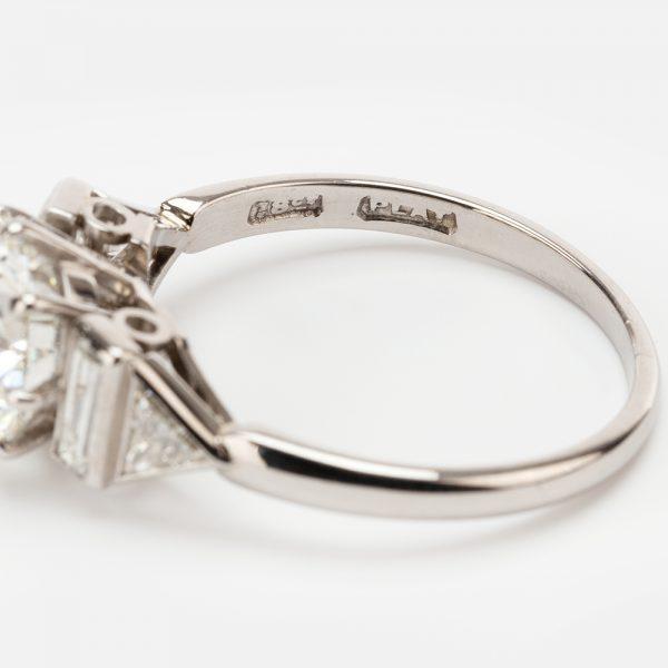 Fine Jewels of Harrogate 44313-3-1.94ct-Dia-Ring-Bagguette-Triangle-Shoulder-6