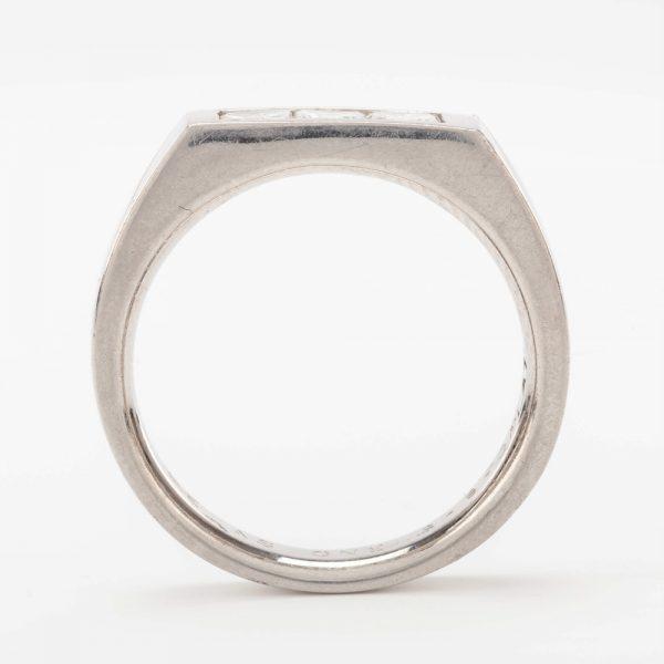 Fine Jewels of Harrogate 44569-1-Dia-3st-Ring-3