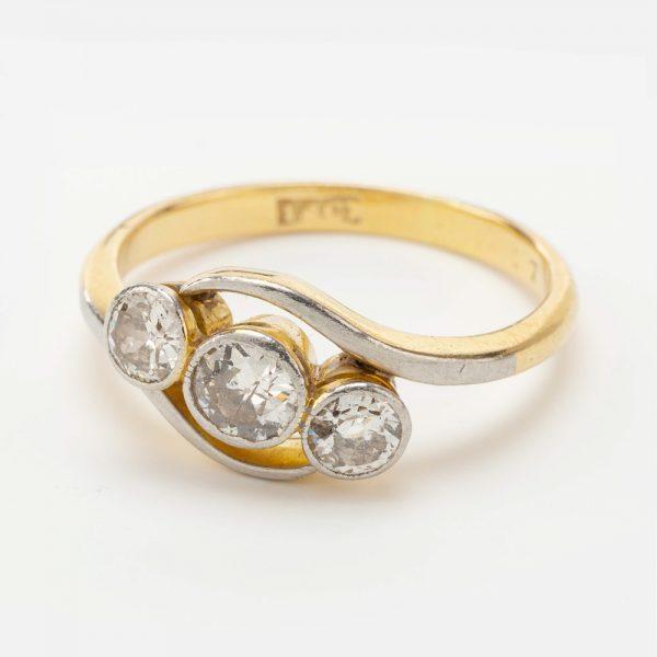 Fine Jewels of Harrogate 44569-7-Dia-3st_Twist-Ring-1