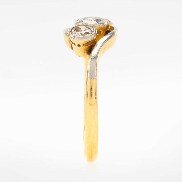 Fine Jewels of Harrogate 44569-7-Dia-3st_Twist-Ring-4